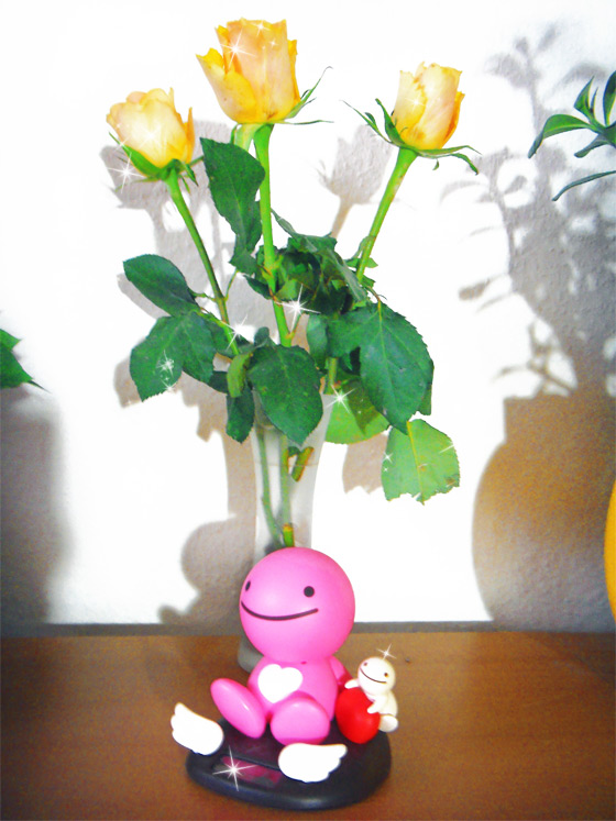 3 gelbe rosen in einer vase + ein sunshine buddy