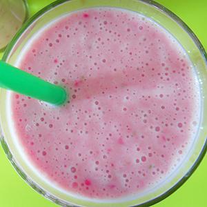 erdbeer-bananen-shake thumb